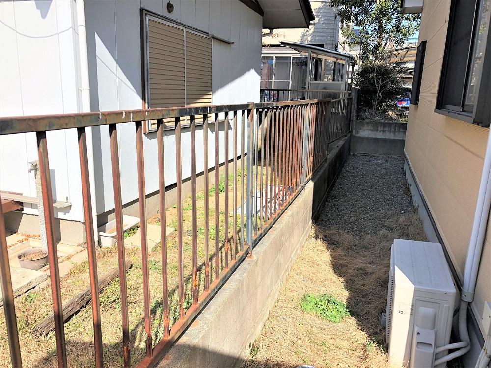 鉄製フェンス