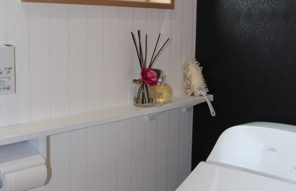 トイレの飾り